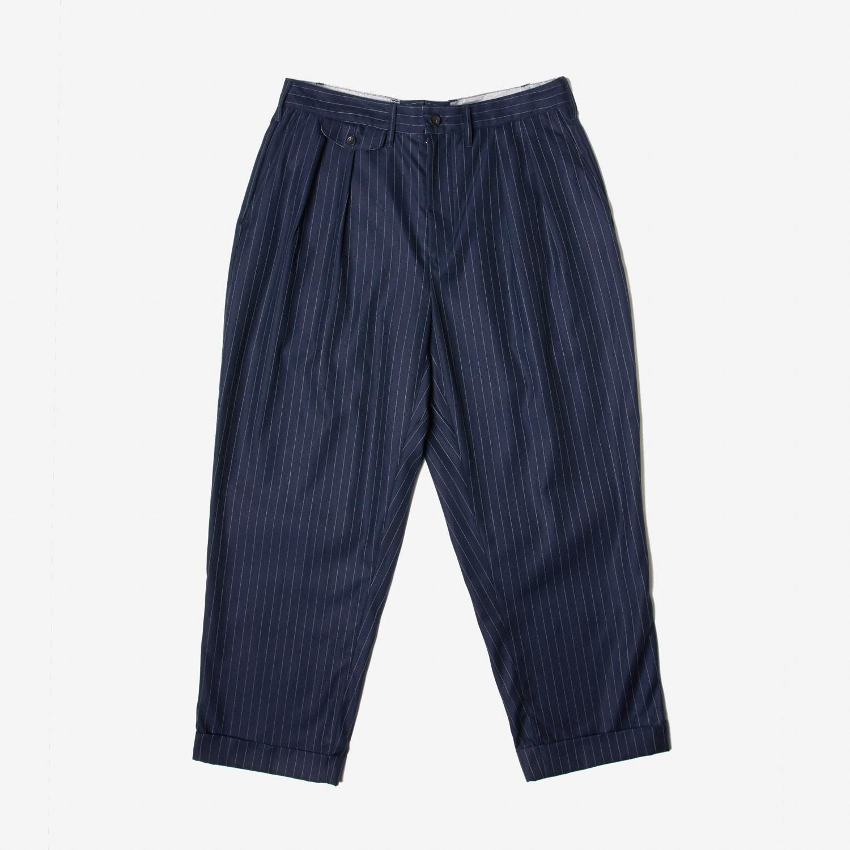 Clothiers Ekamai